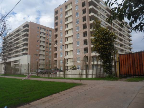 Departamento en Condominio Parque Lo Matta