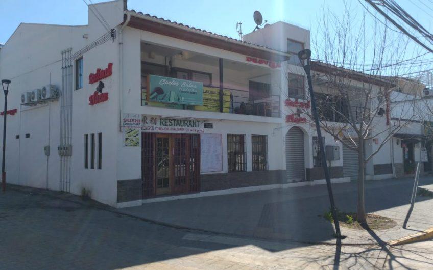 Galería Comercial en plena Plaza de Machalí